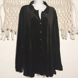 Avenue black velvet/velour button down tunic shirt
